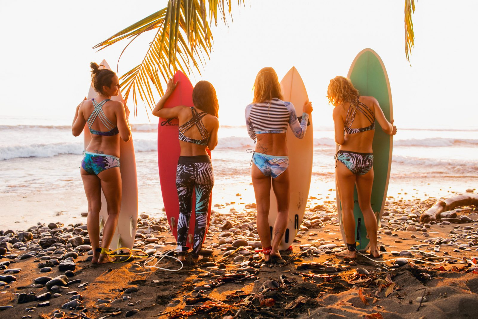 MONIQUE ROTTEVEEL SURF SURFGIRL SURFBIKINI