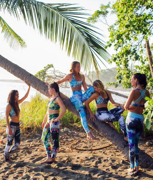 Monique Rotteveel Surf Yoga Yogawear Surfbikini Leggings Top Bikini Swimwear bikinis surfleggings yogakleding yogalegging