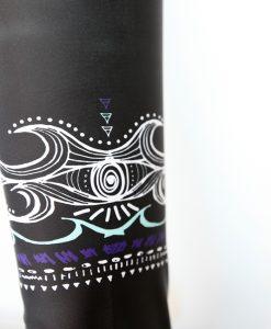 L Monique Rotteveel ® Black Waves 100