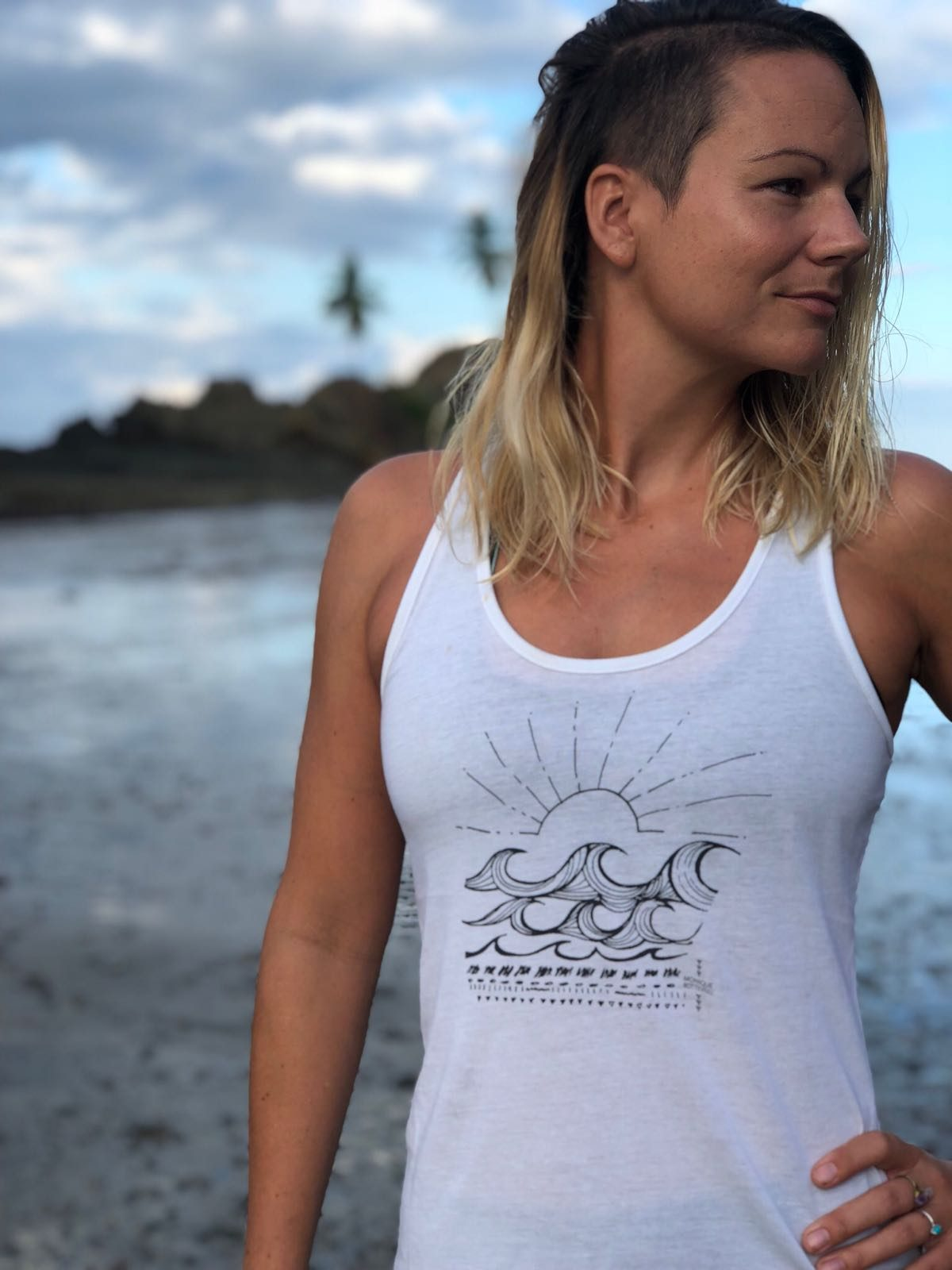 Monique Rotteveel white top waves yoga top surf tanktop