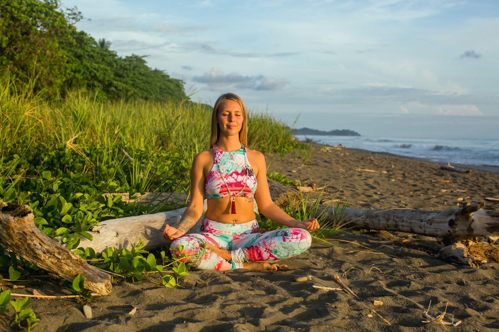 Summer Sea Monique Rotteveel Yoga Surf