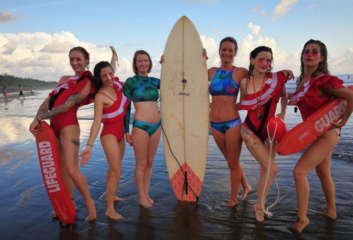 COSTA RICA ENVISION FESTIVAL SURF SURFBIKINI MONIQUE ROTTEVEEL